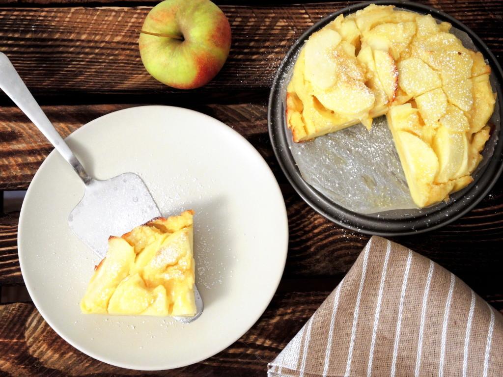 naleśnik pieczony z jabłkiem