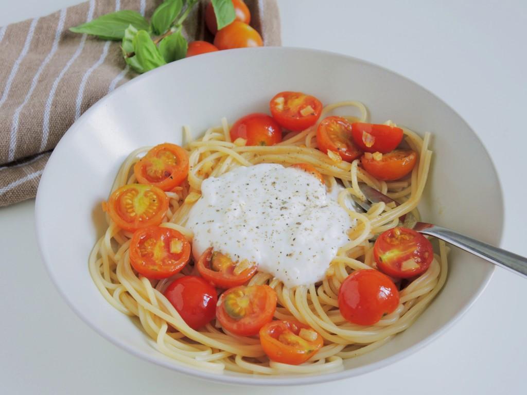 Letnie Pomidorowe Spaghetti