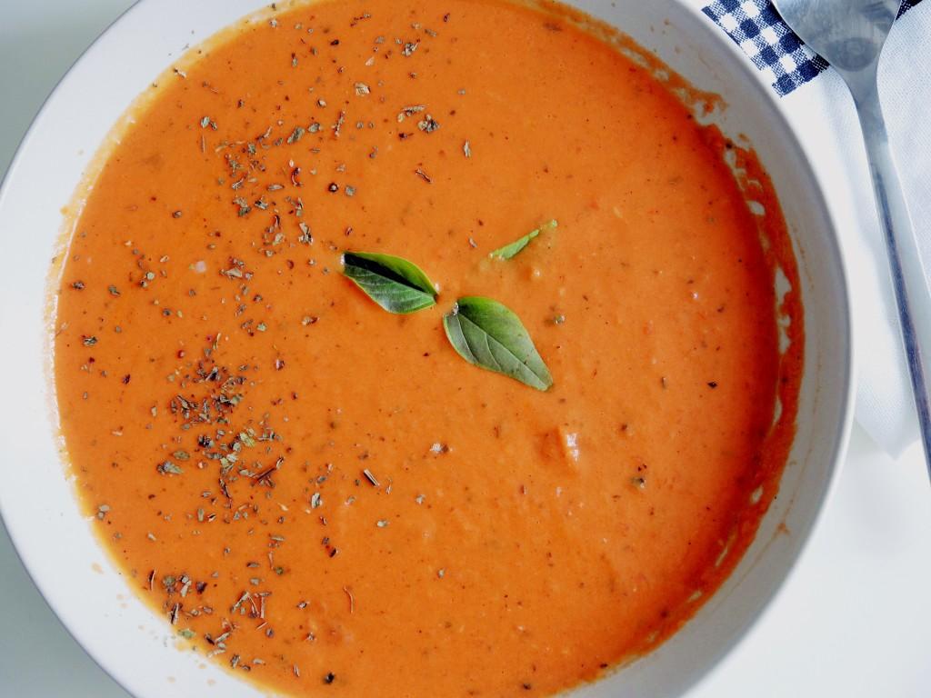 letni krem pomidorowy