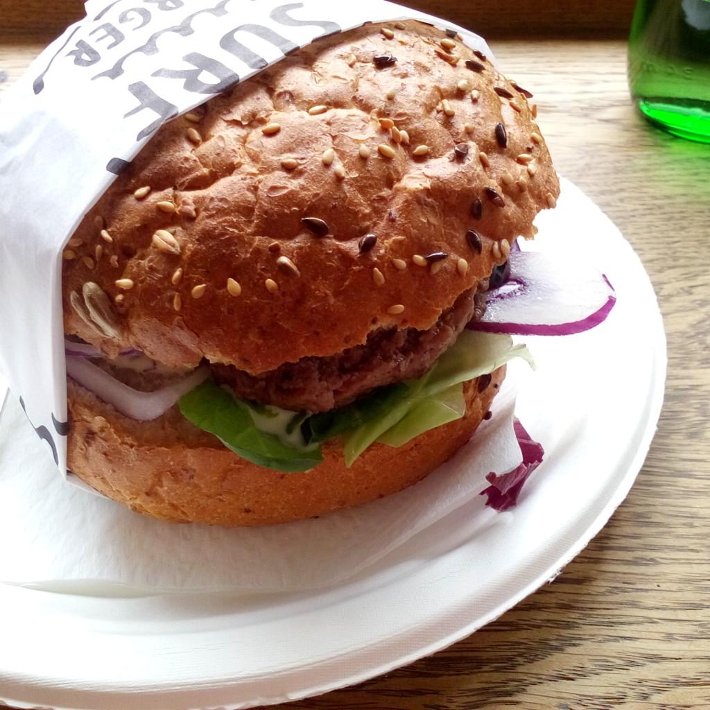 Nie ma to jak burger w SURFBURGER <3