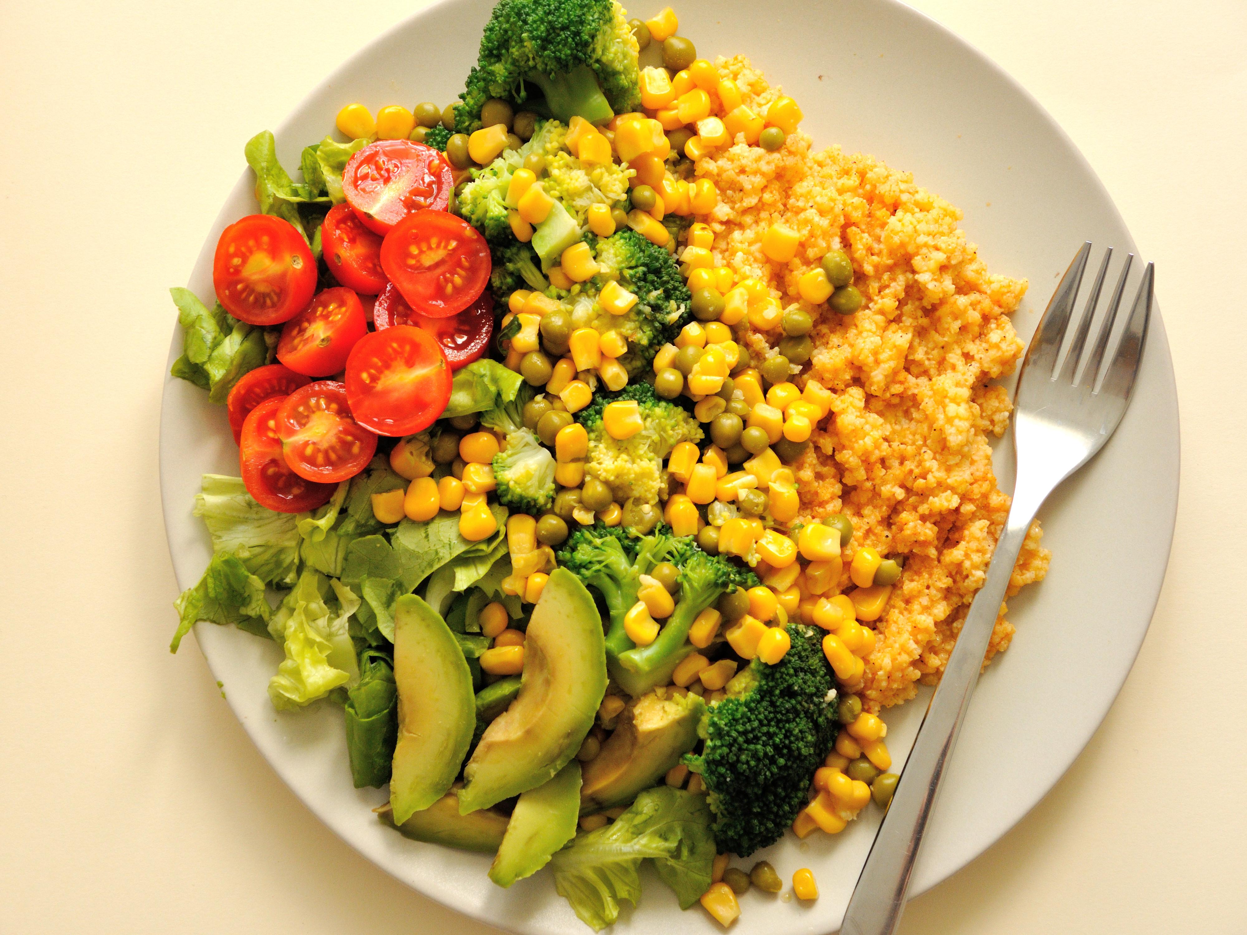 Zdrowy Warzywny Obiad Z Kasza Jaglana Rabarbarowo