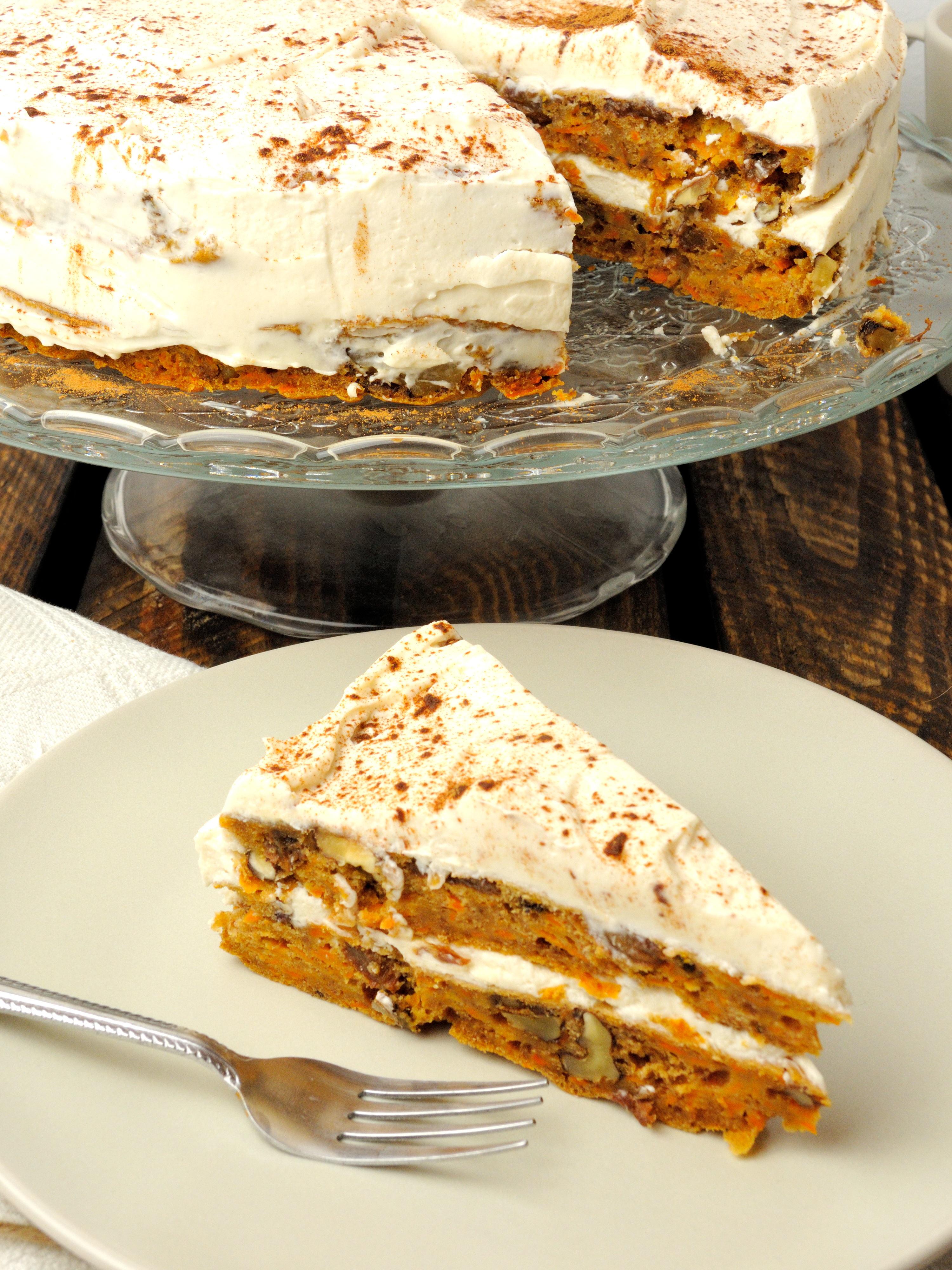 Ciasto Marchewkowe Z Herbacianym Kremem Mascarpone Rabarbarowo