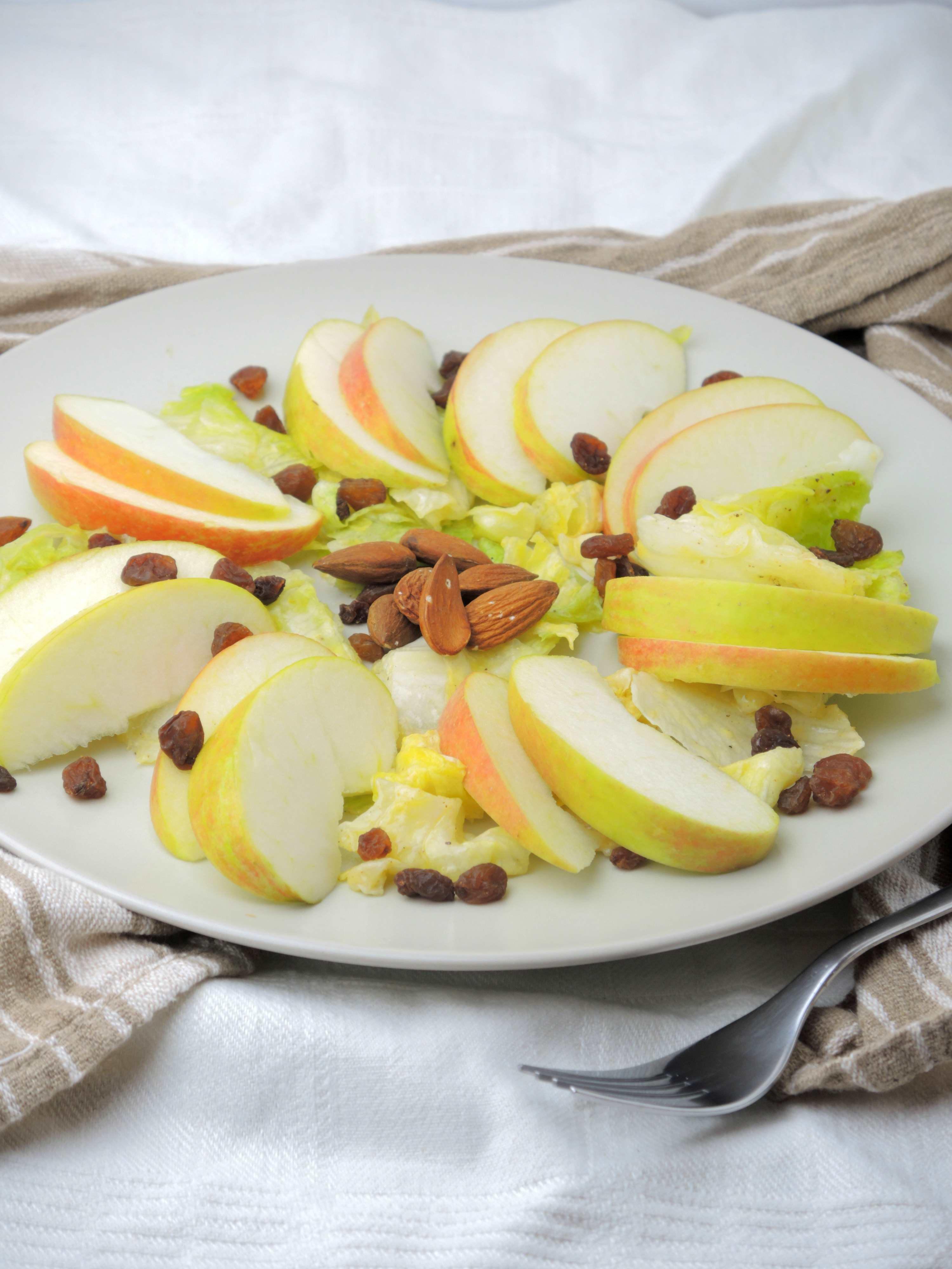 Sałatka Jabłkowa Wytrawna