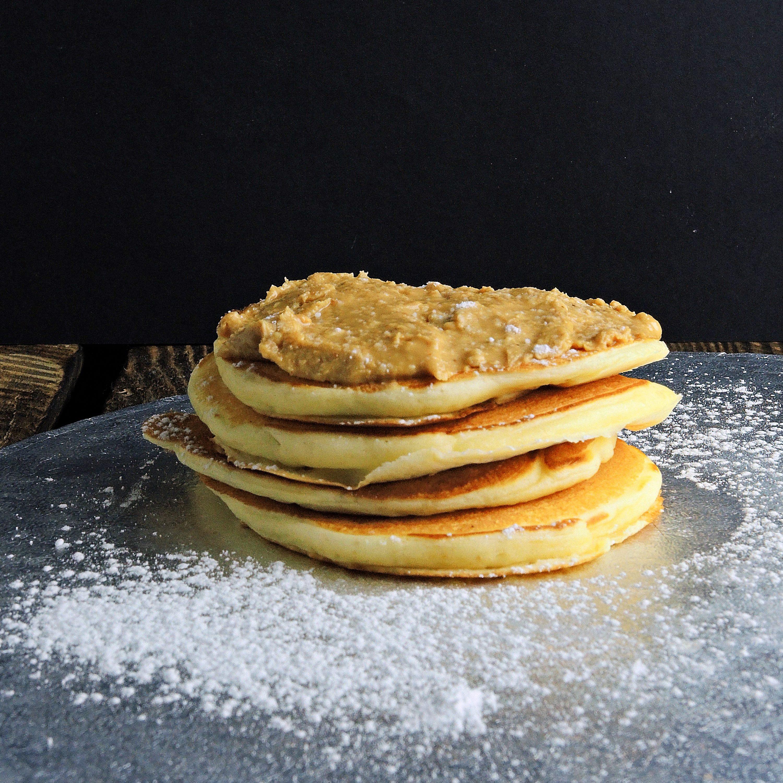 Pankejki z masłem orzechowym