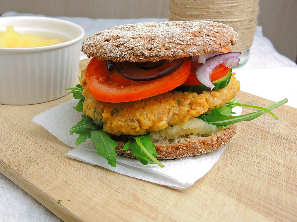 burger z ciecierzycy