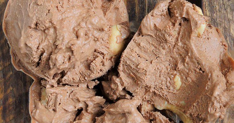 Zrób lody w domu! – Wegańskie, czekoladowe, z orzechami