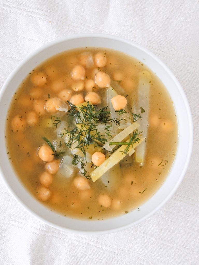 Wegańska oberiba - czyli śląska zupa z kalarepy