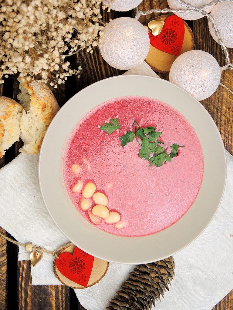 Jasznik - zupa na zakwasie buraczanym