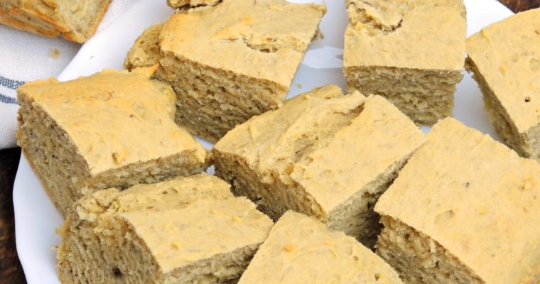 Wilgotne i delikatne ciasto kukurydziane