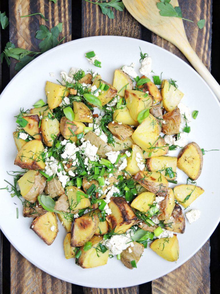 Pieczone ziemniaczki z ziołami i tofu