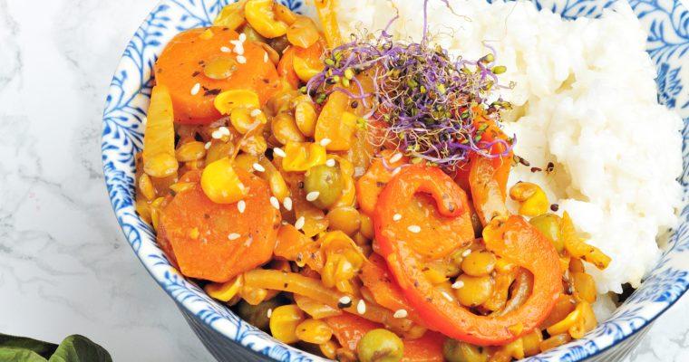 Soczewica po tajsku z kremowym ryżem