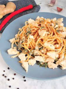 Orzechowo-sojowe spaghetti