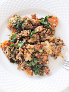 Warzywny gulasz z kaszą gryczaną
