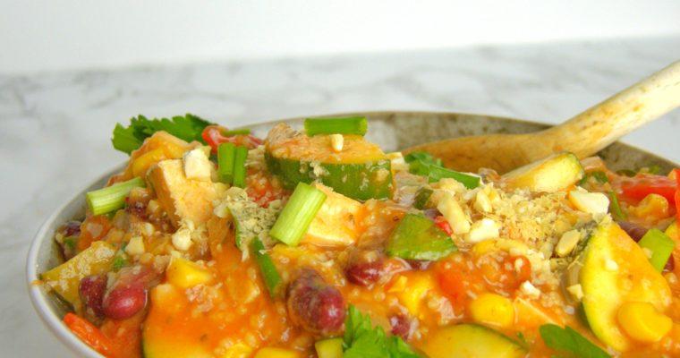 Meksykańskie danie z tofu i cukinią