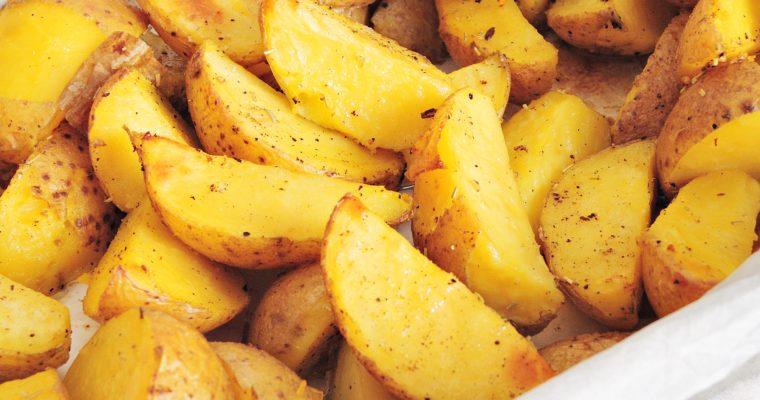 Pieczone ziemniaki z chrupiącą skórką i ziołami