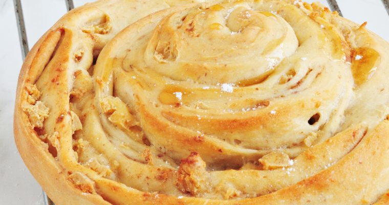 Wegańskie cinnamon rolls